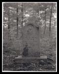 Lucinda's tombstone1